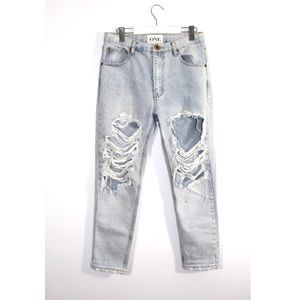 ONE teaspoon ripped light wash jeans